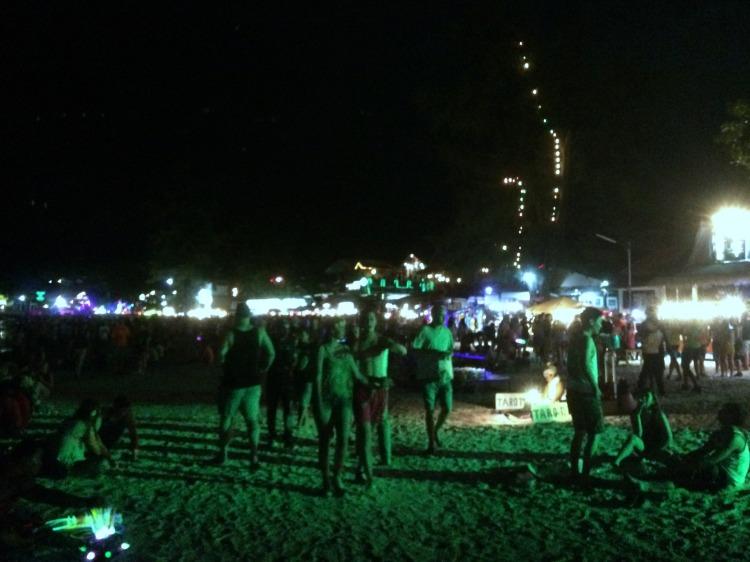 Koh Phangan Full Moon Party - www.shewalkstheworld.com