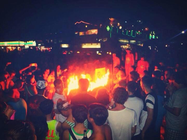 Koh Phangan Full Moon Party - shewalkstheworld.com