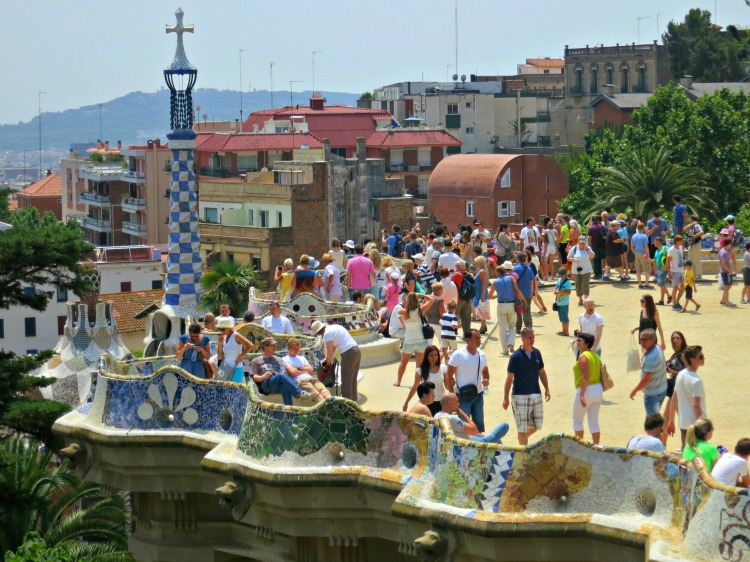 Park Güell - Mynn's Top 10 Things to See in Barcelona - www.shewalkstheworld.com