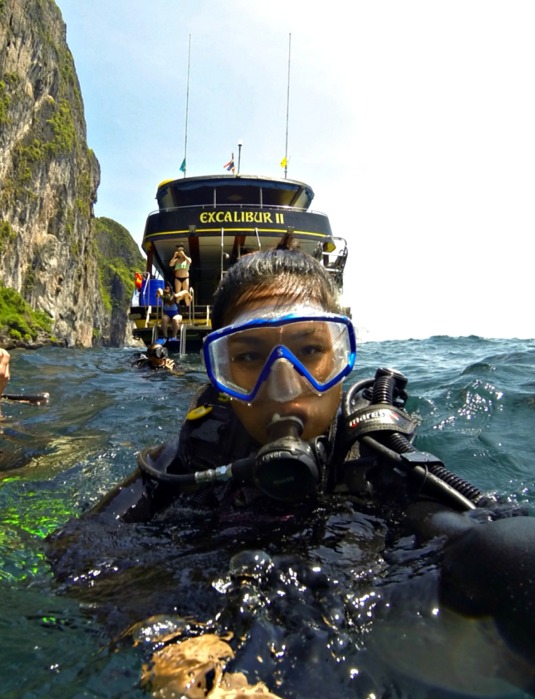 Diving in Phuket - Top 10 Things to do in Phuket - www.shewalkstheworld.com