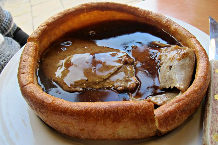 Yorkshire Pudding - Mynn's Top 10 Things to do in York - www.shewalkstheworld.com